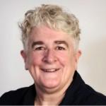 Julie Regan Headshot
